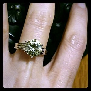 💥CANARY YELLOW MOISSANITE RING